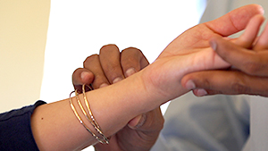 acupressure hands